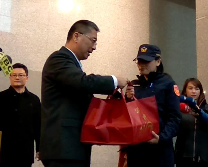 陳宜民推女警遭函送 國民黨竟稱:她貌似路人甲或怪阿姨