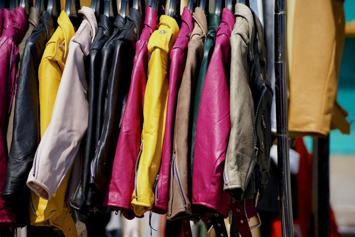 防風vs<b>保暖</b>外套哪個重要?行家揭「神級穿搭」:絕對不冷