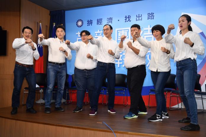 <br> 朱立倫操盤下,韓國瑜的「新世代戰鬥團」成軍。(圖 / 記者林柏年攝)