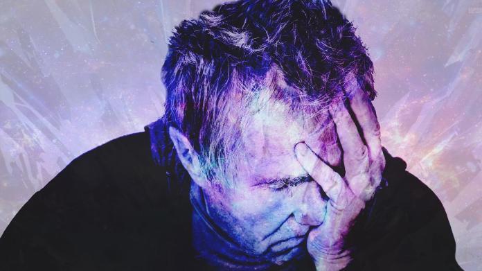 <br> ▲工作狂變成「長時間在工作上拖泥帶水,導致工作效率不佳,造成惡性循環」。(示意圖/翻攝自 pixabay )