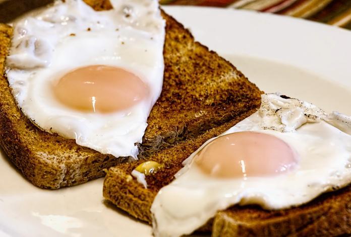 早餐界必吃霸主是啥? 老饕激推「神仙組合」:真的奢侈