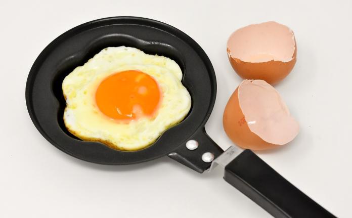 ▲煎荷包蛋有何技巧?美食專家傳授「1妙方」。(圖/取自