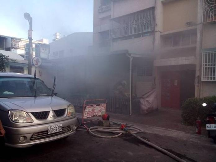 台南東區林森路一處民宅發生火災,90歲行動不變老嫗不幸命喪火窟