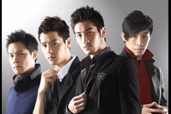 <br> ▲藍鈞天、丁春誠、陳紹誠、高以翔被稱為「時尚F4」。(圖/翻攝藍鈞天臉書)