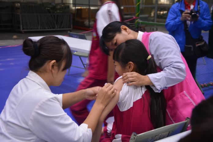 接種流感疫苗 明年元旦全面接種公費對象