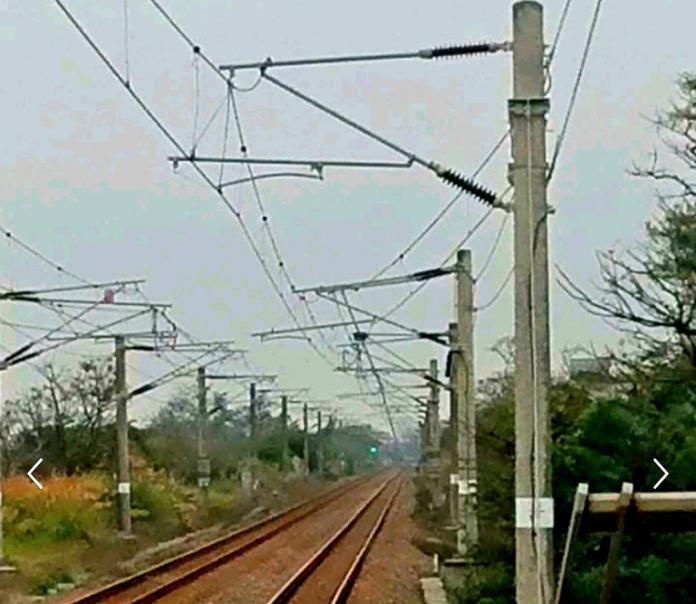 ▲台鐵表示,由於電車線故障,目前四腳亭到汐止間僅以單線雙向通車。(圖/NOWnews資料照,台鐵提供)