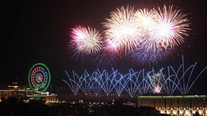 <br> ▲義大世界跨年活動,有400台無人機暖場,並將施放「999秒大型藝術跨年煙火秀」。(圖/記者陳美嘉攝)