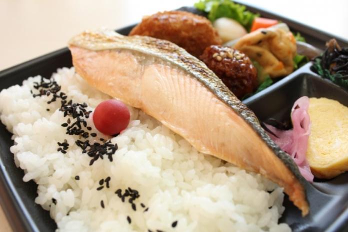 為何「日本一堆冷食」連便當都不例外?背後暗藏貼心原因