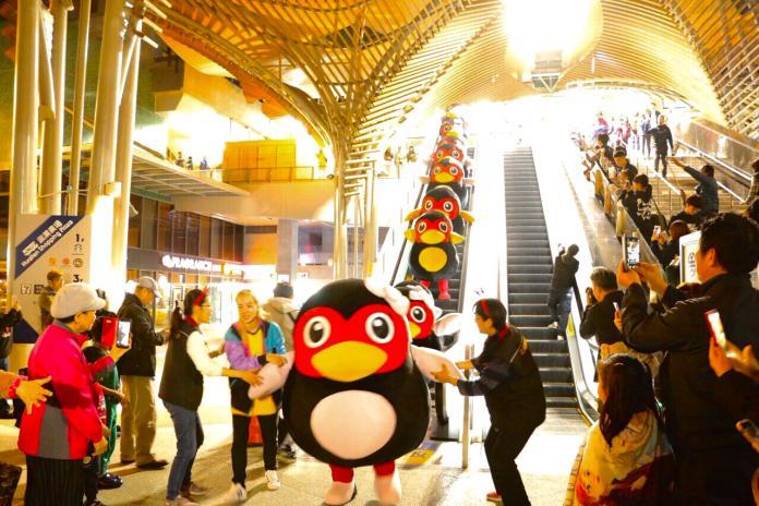 小小萌鴨快閃火車站 為太平洋觀光嘉年華熱身