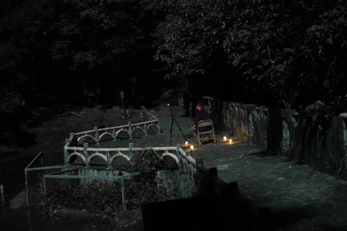 《女鬼橋》2月27日全台上映 真實校園撞鬼直播事件改編 試膽大會玩出事 同學哭喊「我們逃不了」 (1)