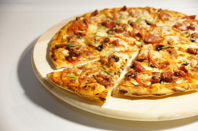 顧客點披薩外送到府!打開一看崩潰了 3千人笑慘:很怒