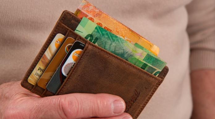 為何錢包推薦用<b>長夾</b>? 內行曝「1神優點」:短夾真的遜