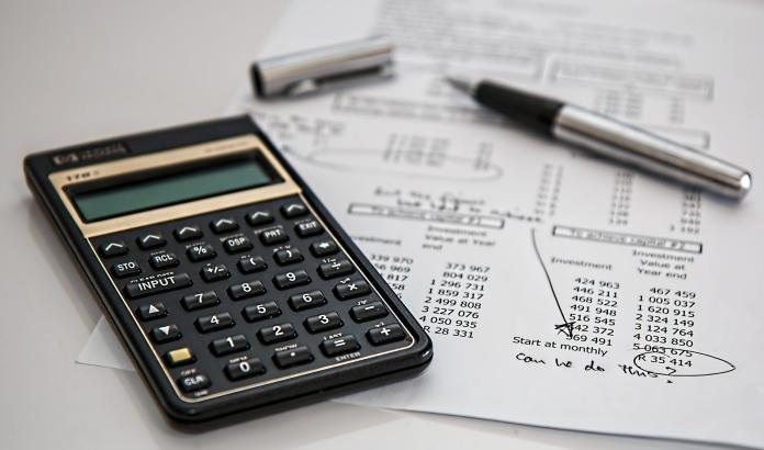 買保險vs孝親費選哪個對父母好?答案一面倒:千萬別後悔