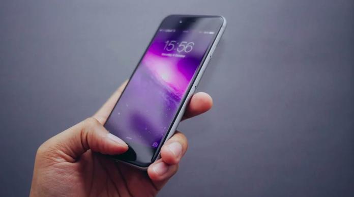 ▲科技發達,人人都有一支智慧型手機。(示意圖/取自pixabay)