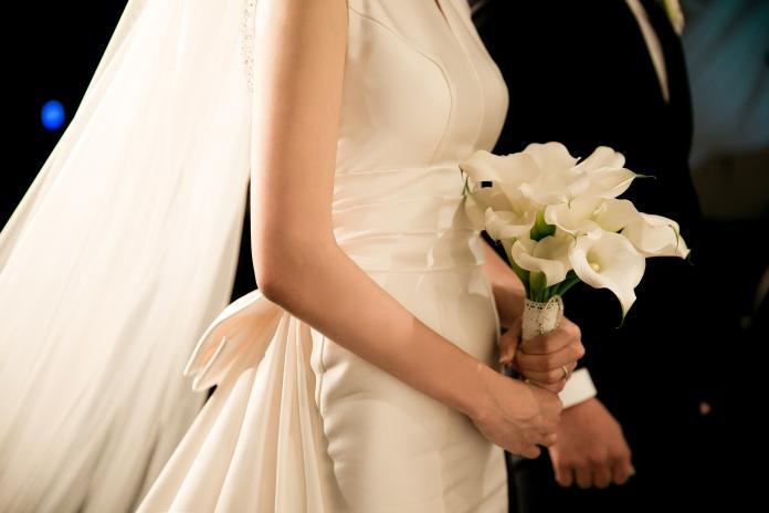 ▲男子抱怨 10 年好友將結婚,卻沒有發喜帖給他。(示意圖,非當事人/取自 Pixabay )