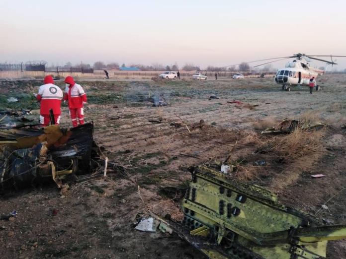 烏克蘭客機伊朗墜毀乘客恐全罹難!網傳:被打下來的