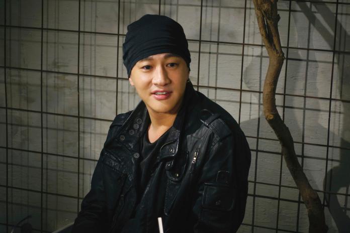 <br> ▲何潤東今年籌新戲《誰在你身邊》。(圖/頤東娛樂提供)