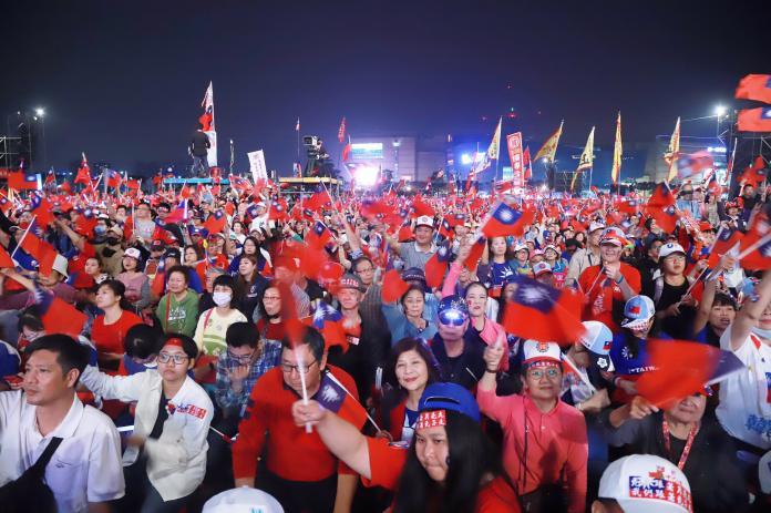 韓國瑜選前之夜回防高雄!主辦單位:現場突破30萬人