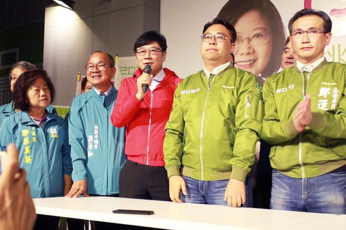 趙正宇宣布當選