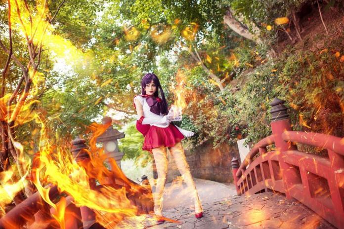 ▲新科立委賴品妤在臉書發布 cosplay 照片謝票。(圖/翻攝賴品妤臉書)