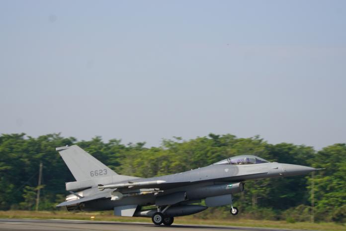 ▲嘉義空軍基地第四聯隊F-16V戰機。(圖/記者呂炯昌攝, 2020.1.15)