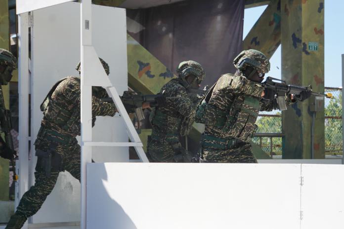 軍武/實彈射擊、反挾持 陸戰特勤隊<b>反恐</b>戰力罕見曝光
