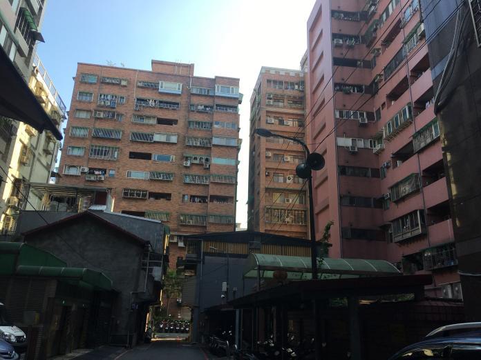 房市/大樓沒<b>管委會</b> 住戶仍須共同負擔修繕費