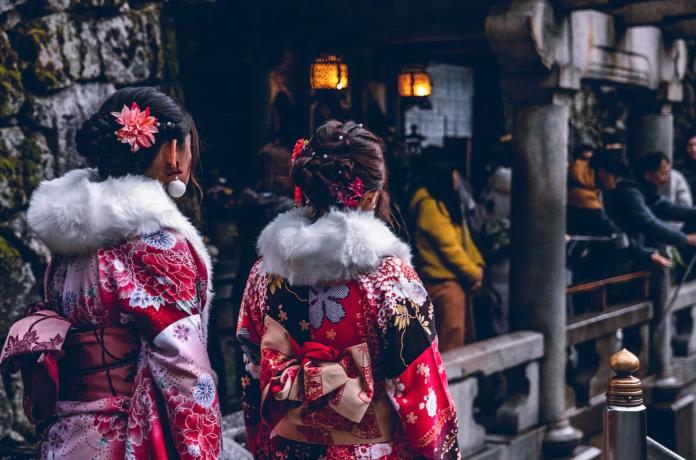 ▲有網友在 PTT 八卦版提到,來自日本的「櫻花妹」們打扮和台女很不一樣,不過究竟差在哪?貼文立刻引爆熱議,內行網友紛紛點出關鍵。(示意圖/翻攝自 Pixabay )