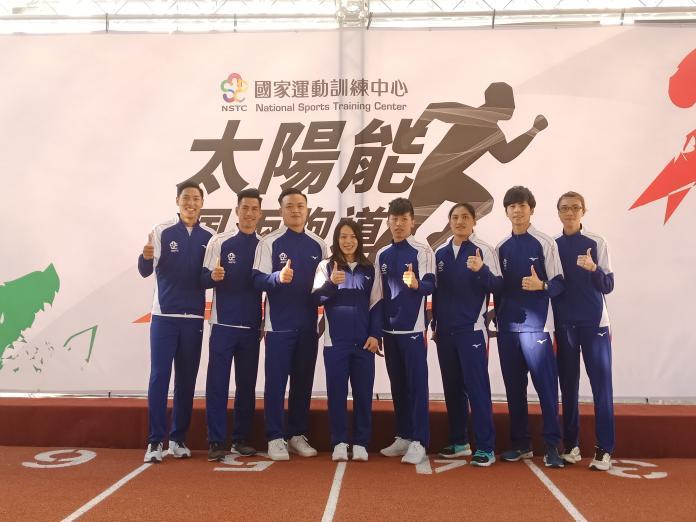 全台首座太陽能發電<b>跑道</b>今天啟用 陳傑、楊俊瀚試跑