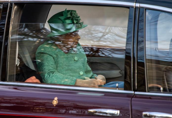 <b>倫敦</b>瘋傳「女王已離開白金漢宮」將封城?英相府出面回應