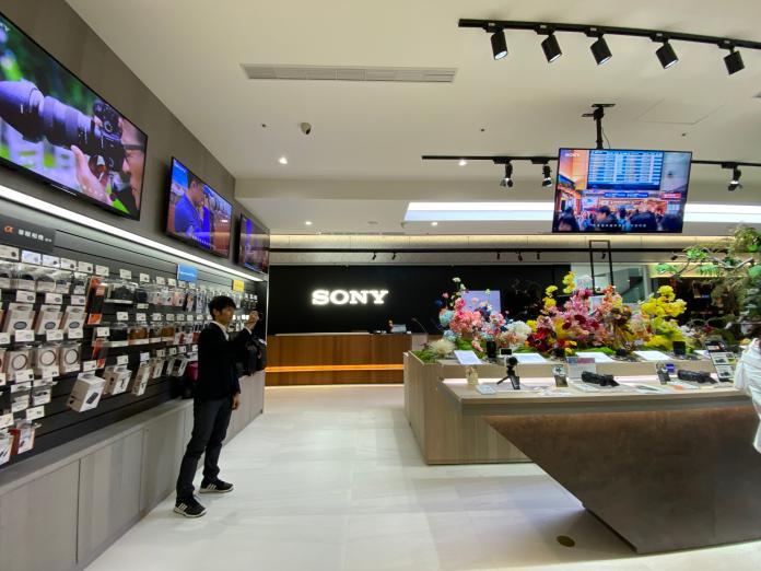 Sony Store 遠百信義直營店 百坪規模體驗服務升級