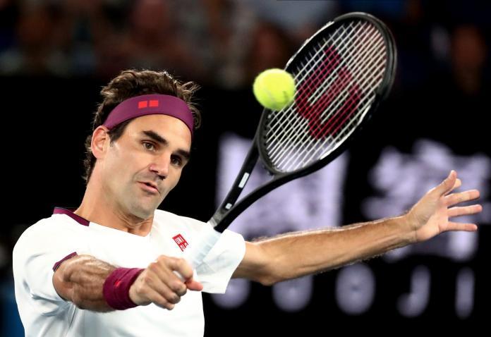網球/瑞士球王寶刀未老 居家隔離頻使出胯下擊球絕技