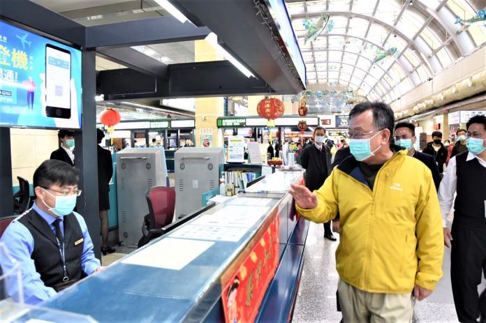<b>防疫漏洞</b>?賴峰偉高分貝向中央喊話添購機場體溫測量儀