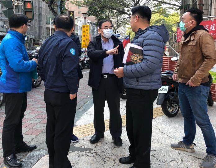 影/<b>封路</b>改道 高雄市中華地下道2月1日起拆除