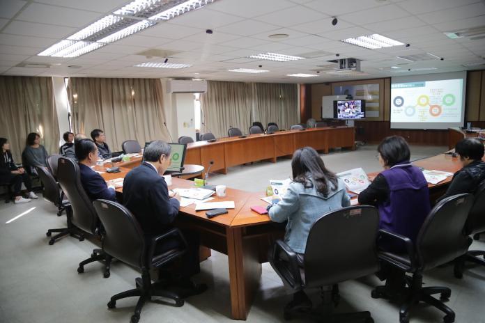 翁章梁縣長親自參與中央的視訊會議。