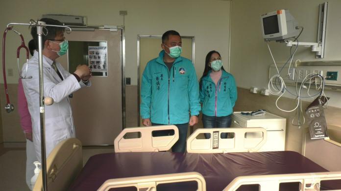 楊鎮浯視察醫院及超商 強調<b>口罩供應</b>絕對充足