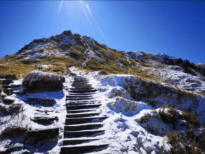 合歡山雪景(圖片提供Facebook/王忠文)