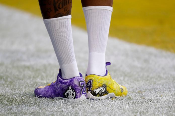 <br> Demarcus Robinson 穿上24號Kobe戰靴。(圖/美聯社/達志影像)