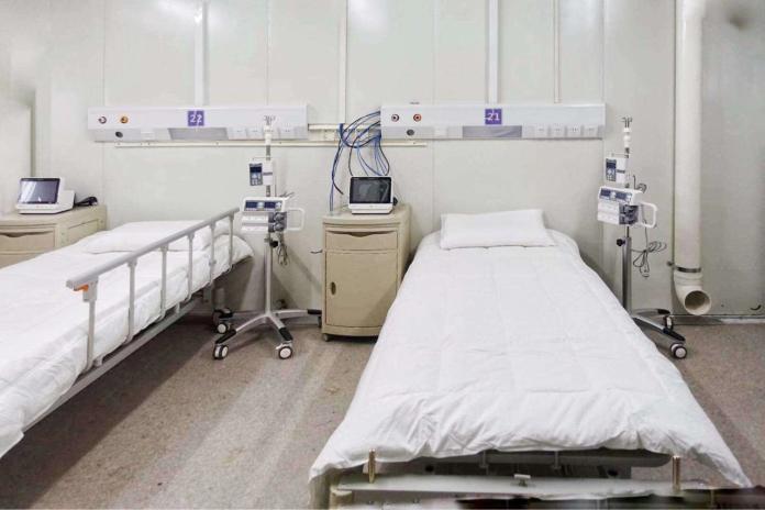 ▲武漢火神山醫院病房的內部構造。(圖/翻攝 PTT )