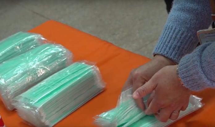 雲林發放醫療用口罩給學生 到學校就可以預領20片