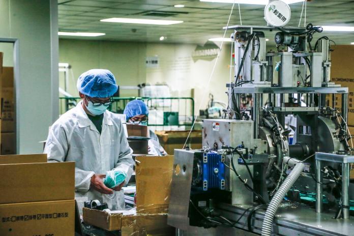 支援口罩工廠生產