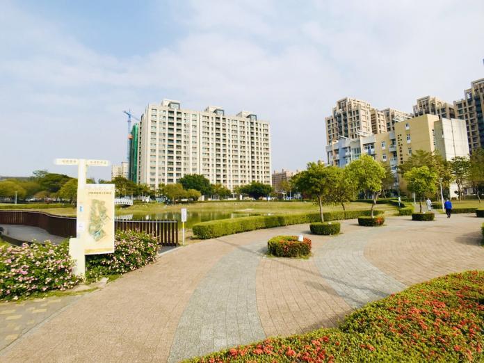 ▲高雄五甲地區的75期重劃區,因街廓整齊、有大型公園而受歡迎。(圖/信義房屋提供)