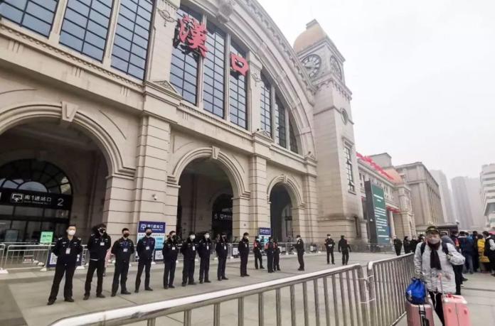 漢口火車站:澎湃新聞