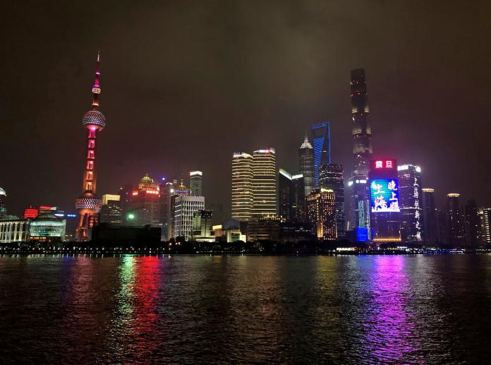 ▲繼北京後,上海也於 2 月 10 日宣布採取封閉式管理。(圖/美聯社/達志影像)