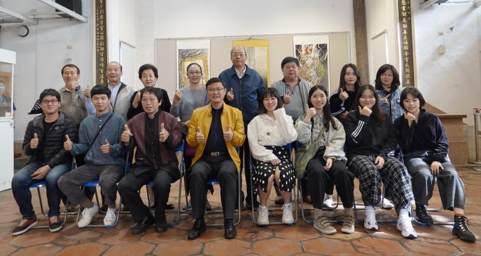 <br> ▲鹿港鎮長許志宏邀請大家來觀賞這個充滿獨特風情的展覽。(圖/記者葉靜美攝)