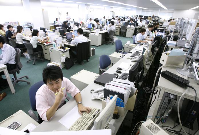 日本人沒有「<b>準時下班</b>」概念? 上班族嘆:台灣一樣慘
