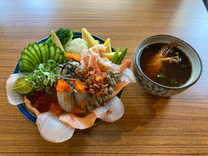影/台南超澎拜海鮮丼飯 「和森鮓」一丼入魂