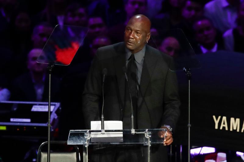 <br>  Michael Jordan追思Kobe(圖/美聯社/達志影像)