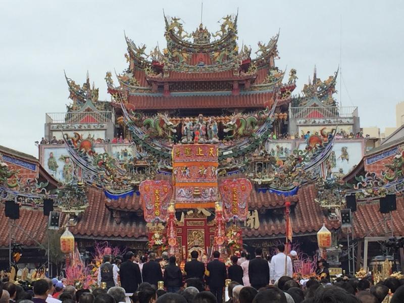 大甲媽祖遶境進香奉天宮,是世界級的台灣宗教嘉年華會。