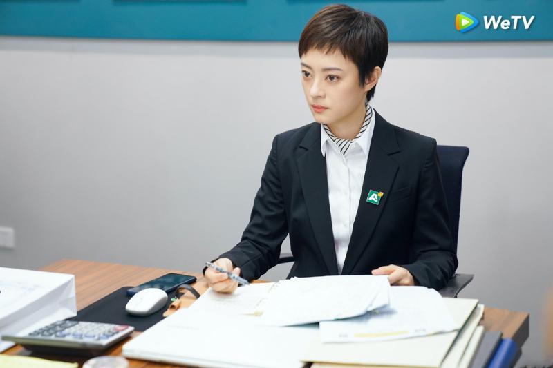 <br> ▲孫儷在劇中大膽住進凶宅。(圖/WeTV提供)
